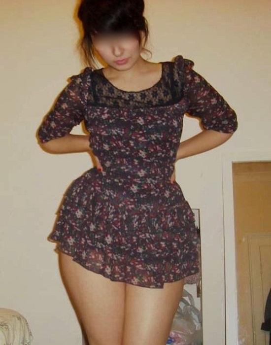 Mélanie13 (23 ans, Plan de Cuques)