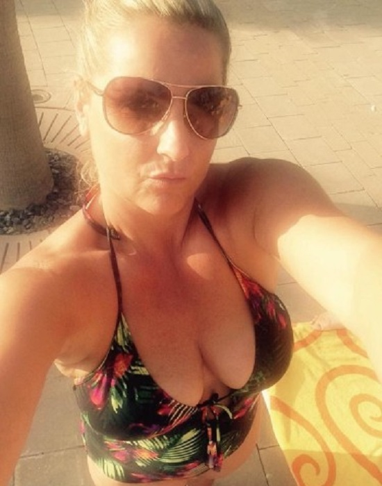 Italienne, 25 ans (Orly)