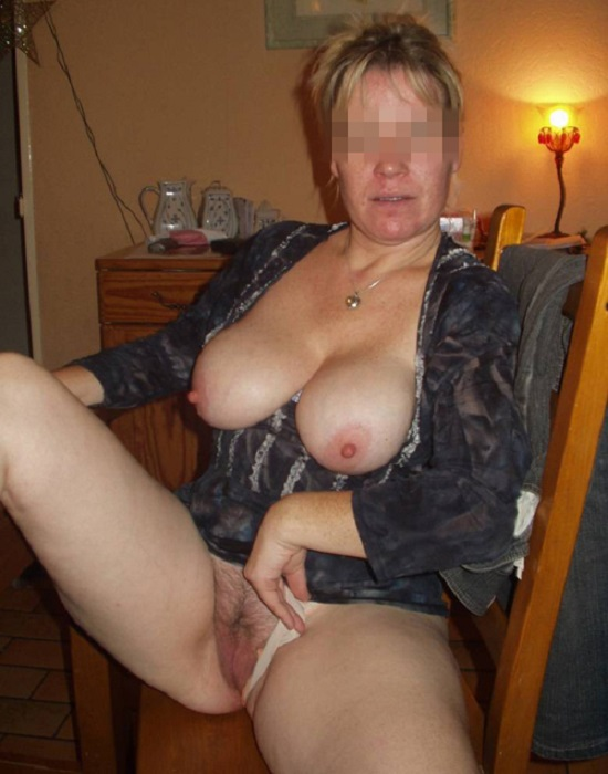 Lucie, 41 ans (Carmaux )