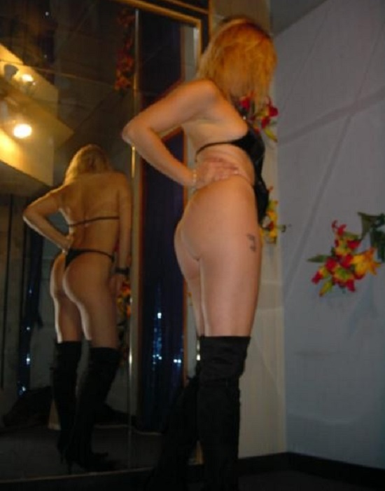 Domina, 48 ans (Toulouse)