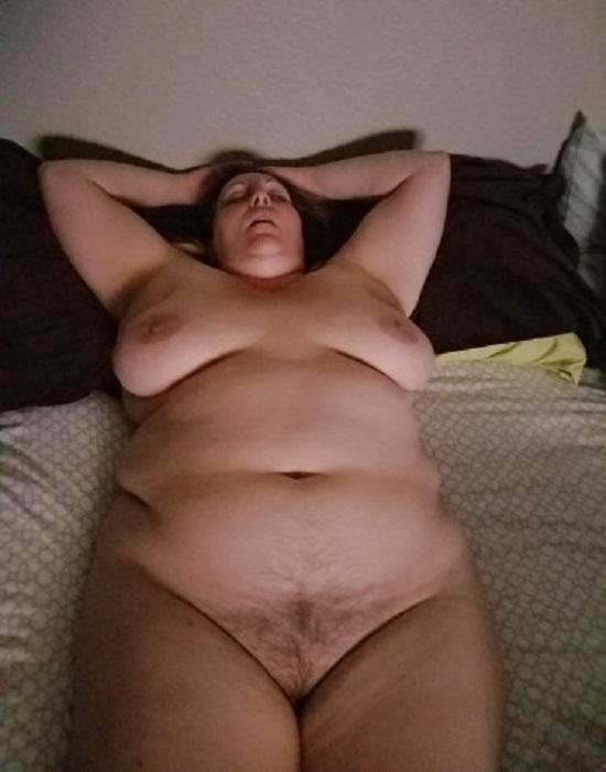 Melinda (58 ans, Niort)